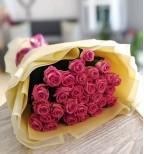 31 рожева троянда